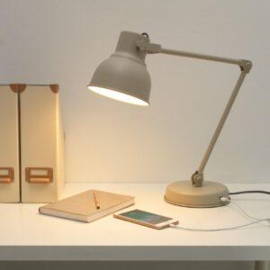 โคมไฟตั้งโต๊ะเป็นของขวัญ